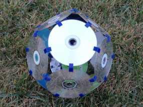 磁盘拼成的十二面体模型