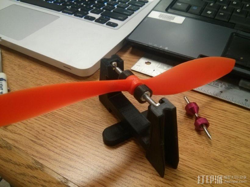 小型遥控飞机/四轴飞行器平衡器 3D打印模型渲染图