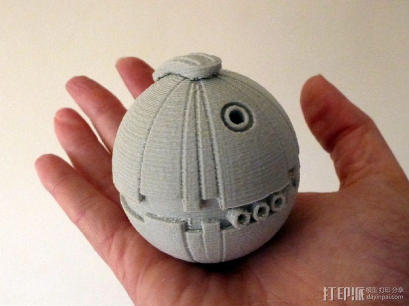 圣诞树装饰品:迷你热能炸弹 3D打印模型渲染图