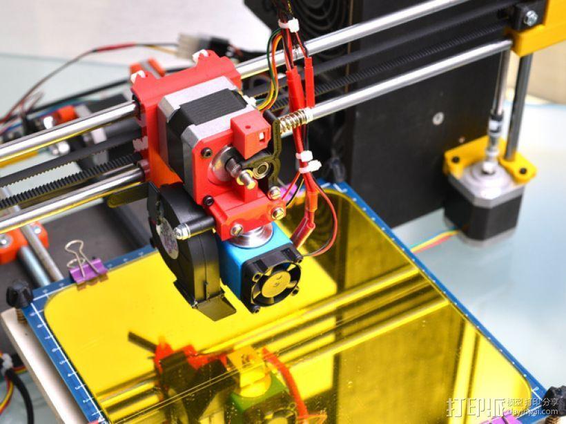 定制化Prusa i3 3D打印机挤出机 3D打印模型渲染图