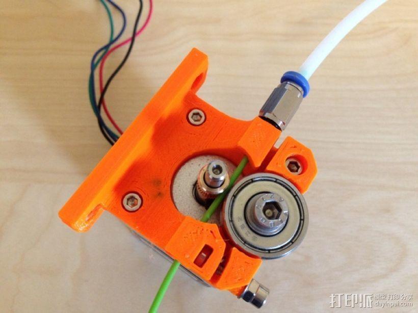 1.75毫米线材的鲍登挤出机 3D打印模型渲染图