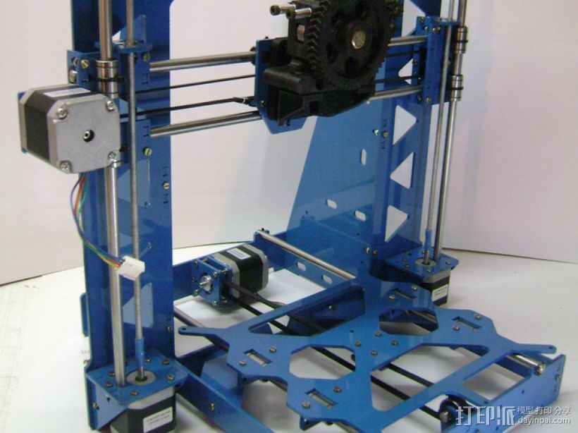 Prusa i3 3毫米钢材激光切割机 3D打印模型渲染图