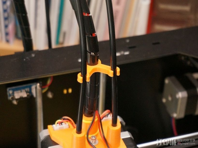 打印机丝线材料夹/导管 3D打印模型渲染图