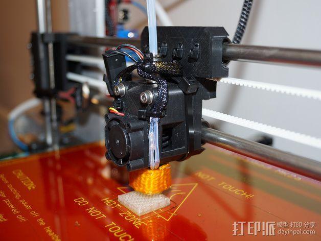 Prusa i3 直线驱动挤出机 3D打印模型渲染图
