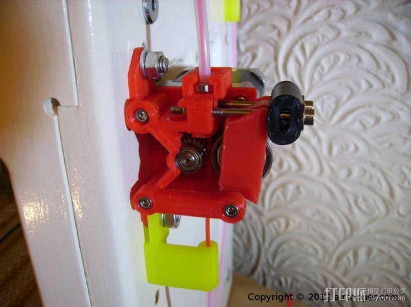 鲍登挤出机 3D打印模型渲染图