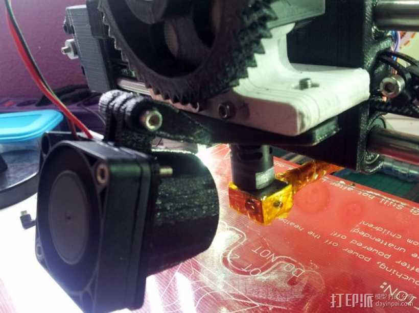 挤出机风扇支架 3D打印模型渲染图