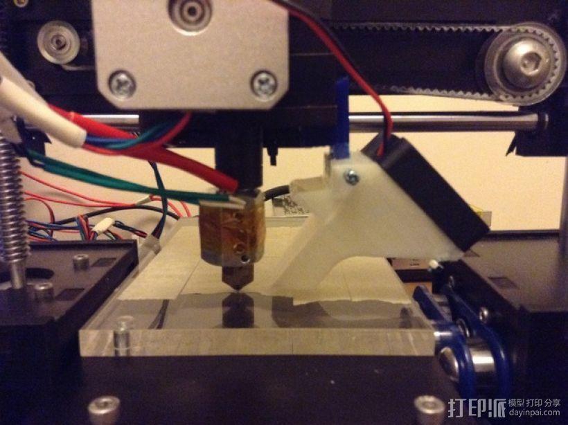 QU-BD One Up / Two Up 打印机的螺母固定器和风扇支架 3D打印模型渲染图