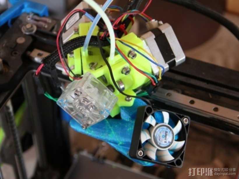 挤出器M2 3D打印模型渲染图