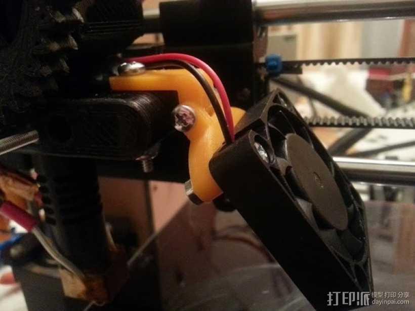 可调节40毫米的风扇支架 3D打印模型渲染图