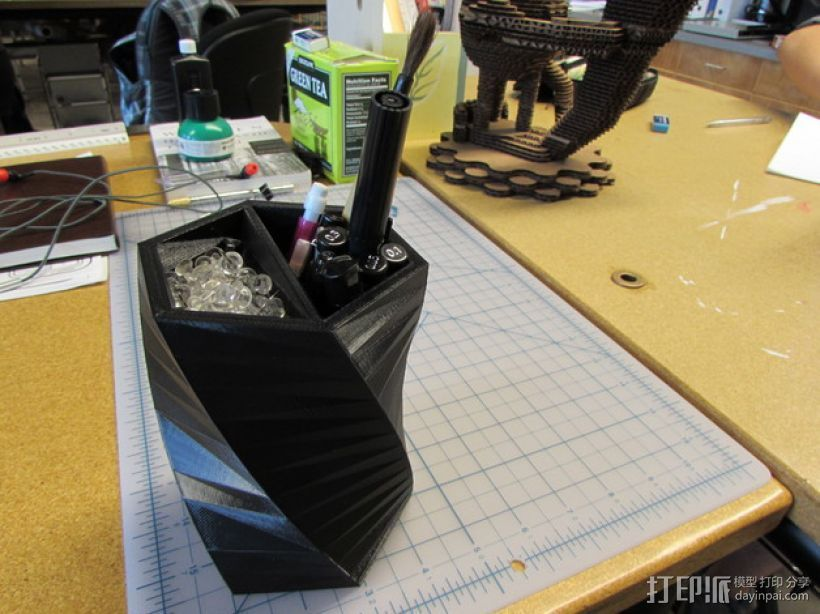 笔筒/大头钉盒模型 3D打印模型渲染图