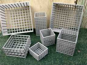 方形镂空容器