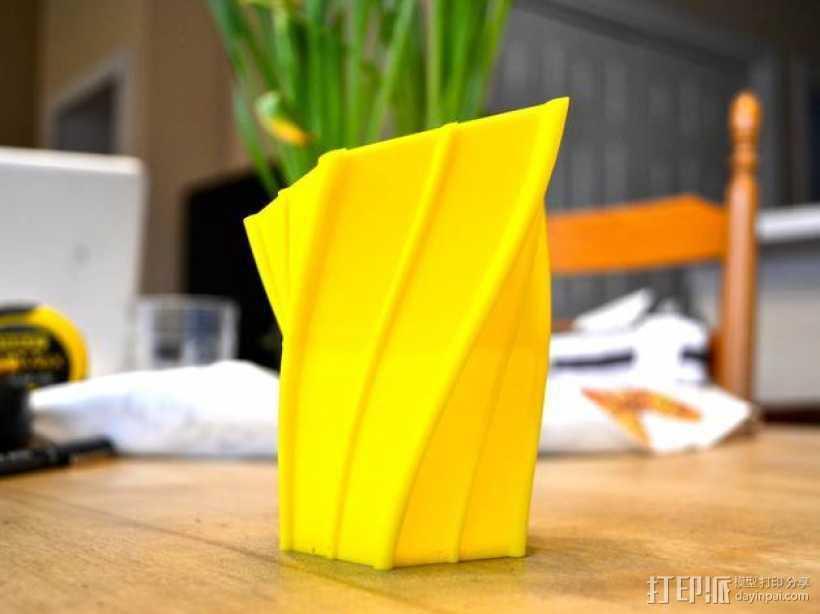 扭曲的花瓶 3D打印模型渲染图