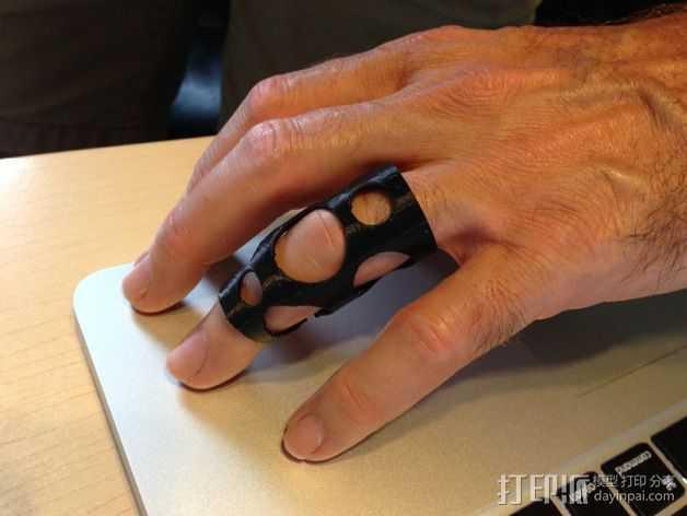 护指 3D打印模型渲染图