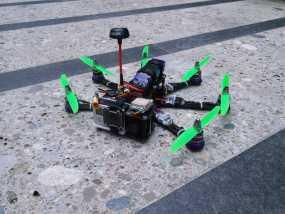Pollux v2四轴飞行器的10度前倾马达