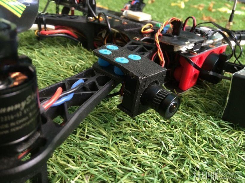 Sony Super HAD 600TVL FPV 照相机的独立臂固定槽 3D打印模型渲染图
