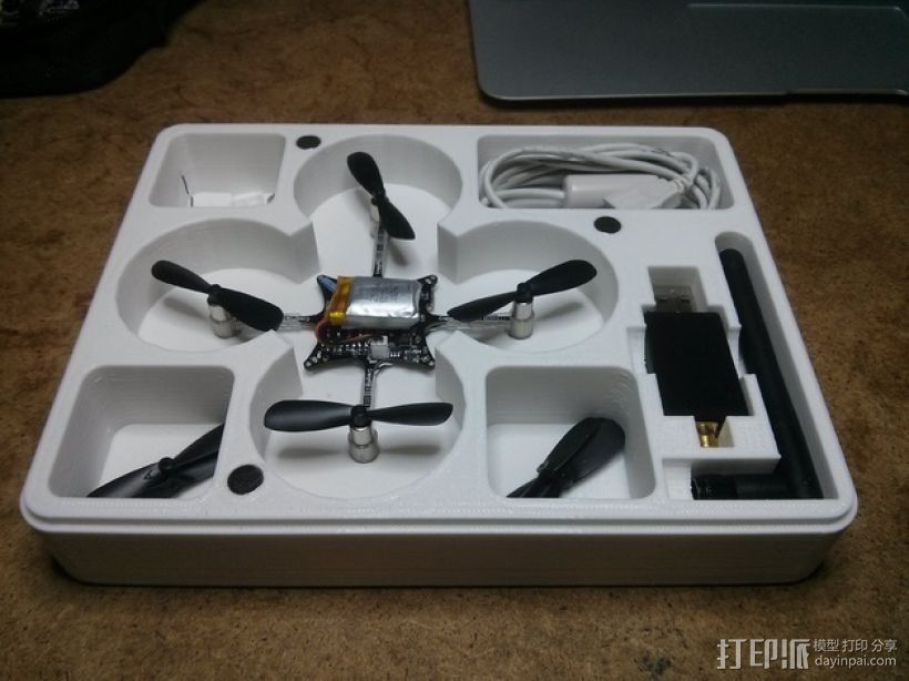 CrazyFlie nano四轴飞行器 输送容器 3D打印模型渲染图