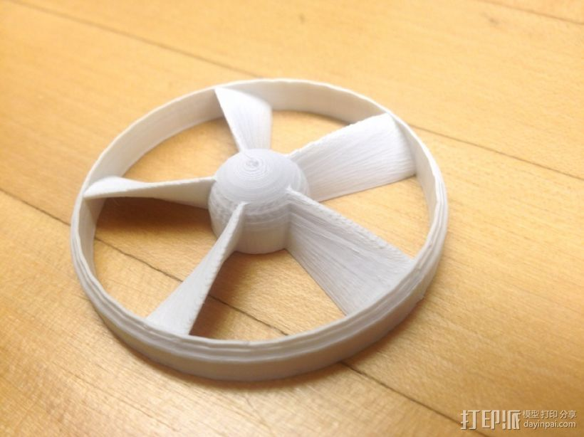 参数改进过后的螺旋桨 3D打印模型渲染图