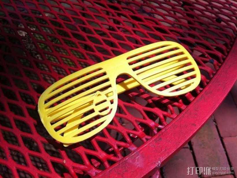 泪珠形百叶窗眼镜 3D打印模型渲染图