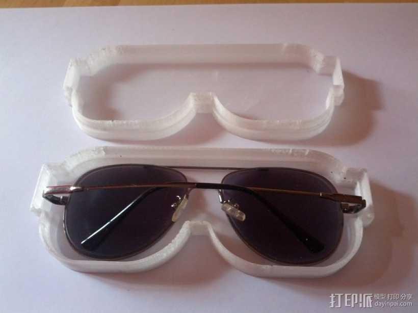 透明眼镜盒 3D打印模型渲染图