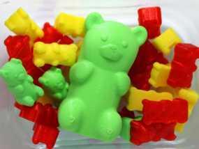 小熊橡皮糖模型