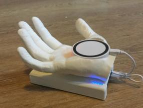 充电器的手模型