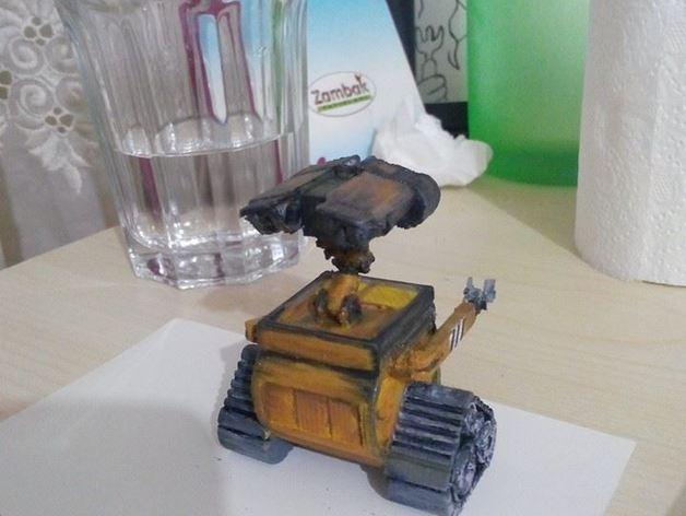 电影《机器人总动员》玩偶