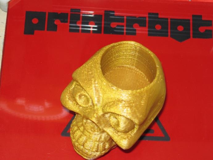 骷髅头形骰盅模型
