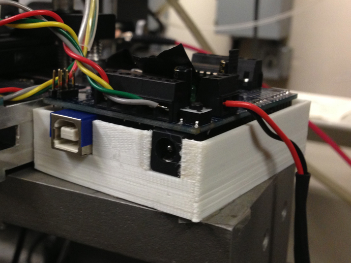 定制化Arduino电路板底座 3D打印模型渲染图