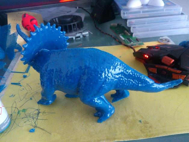 三角龙恐龙