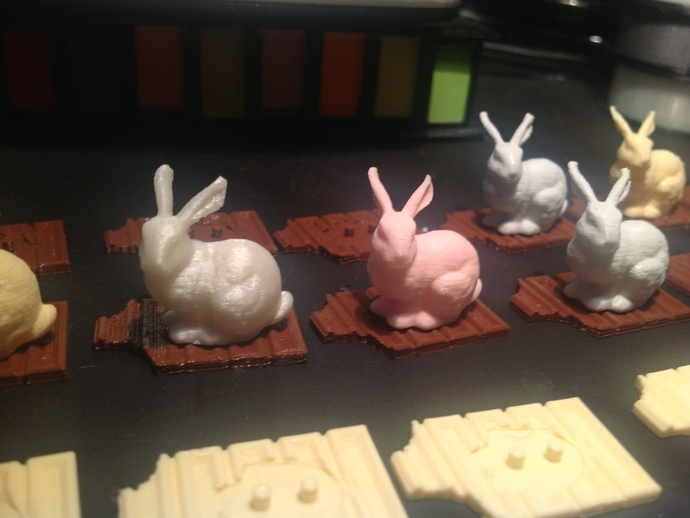 复活节兔子和块状糖