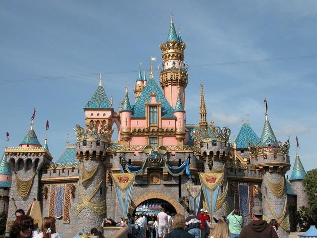 迪斯尼乐园 睡美人城堡 3D打印模型渲染图