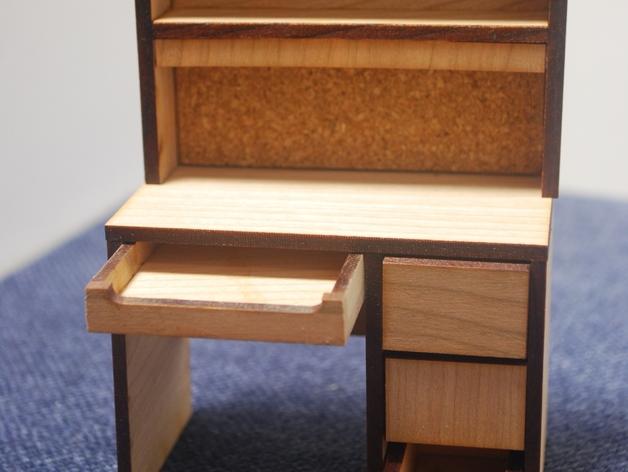 宿舍的桌子和柜子