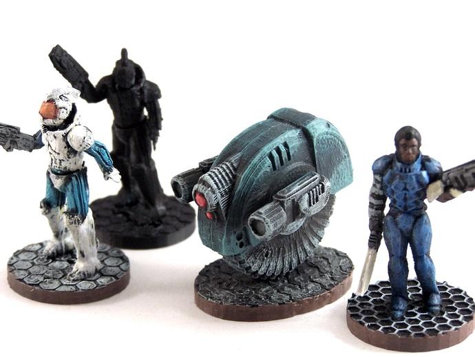 游戏造型 机械轮炮车
