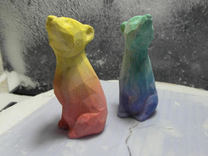 渐变色小熊
