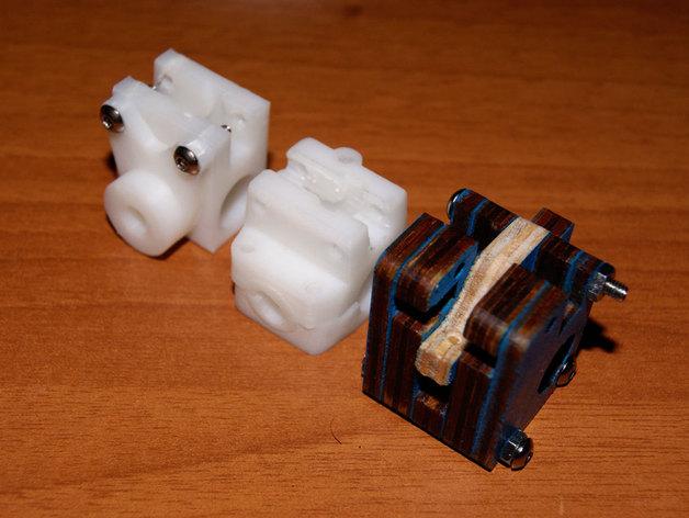 Ultimaker XY打印机上的香蕉形张紧器