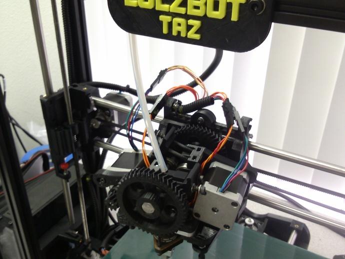 双挤出机 3D打印模型渲染图