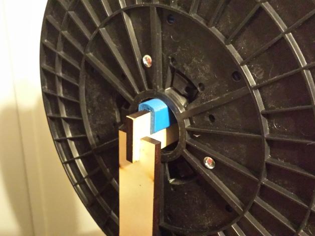 MakerFarm Prusa i3打印机的线轴支架 3D打印模型渲染图