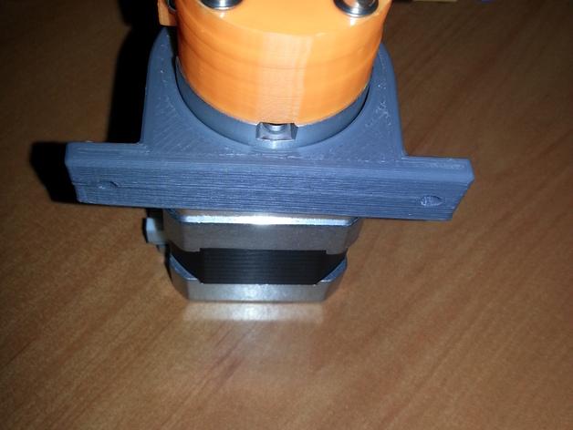 Kossel mini 打印机的挤出机夹