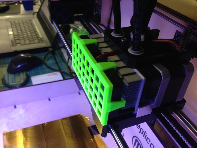 Replicator 1 Dual 打印机风扇罩 3D打印模型渲染图
