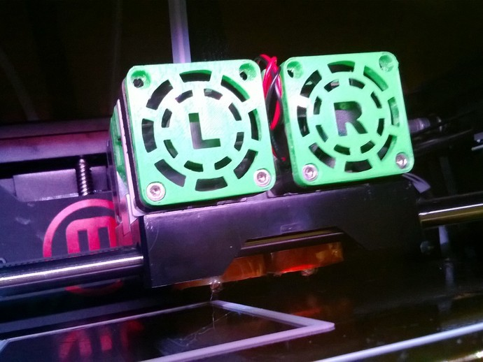 MakerBot Replicator 2X打印机风扇罩 3D打印模型渲染图
