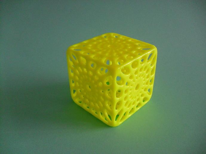 镂空立方体模型