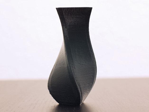 螺旋式三角形花瓶模型 3D打印模型渲染图