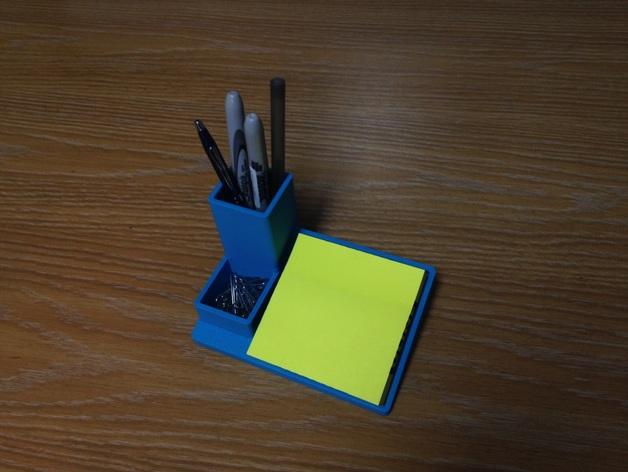 多功能笔筒模型