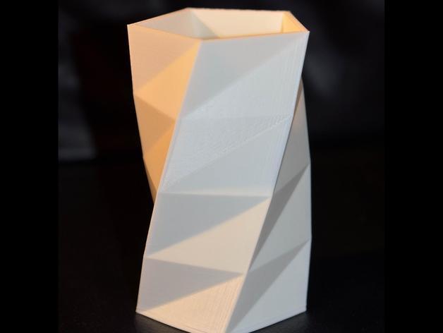 低多边形花瓶 3D打印模型渲染图