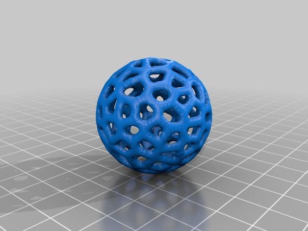 泰森多边形镂空小球