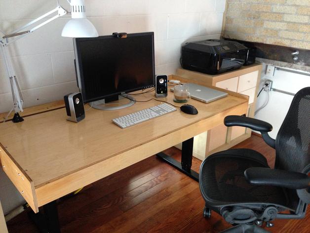 数控切割可调节高度的桌子 3D打印模型渲染图