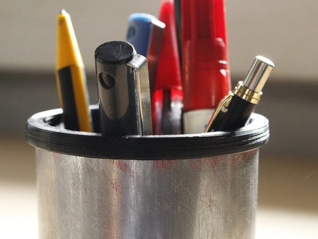 易拉罐笔筒