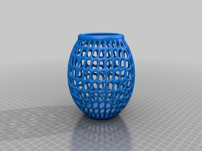 圆形镂空花瓶