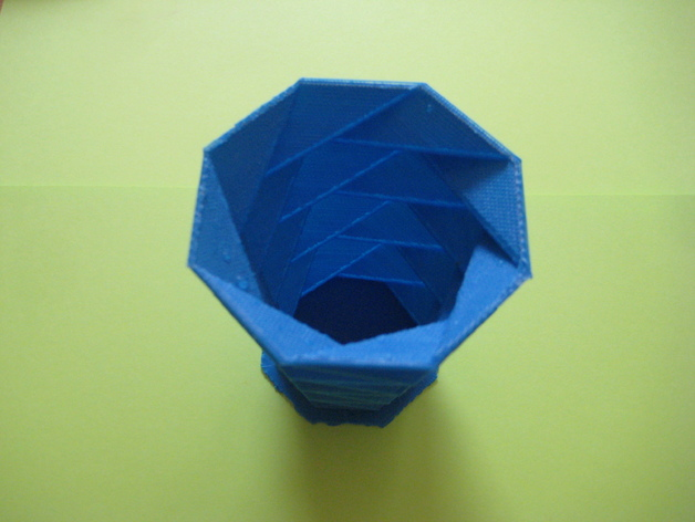 螺旋八边形花瓶 3D打印模型渲染图