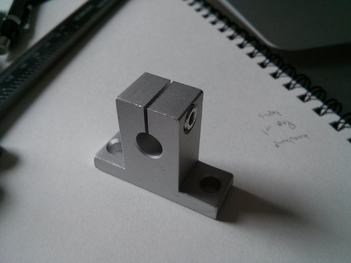 线性承轴支撑装置